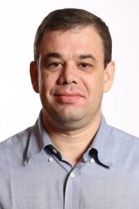 Rodrigo Gutierrez, Adama