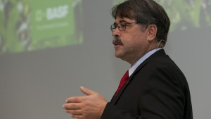 BASF Submits Dossiers for Two Herbicides