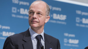 BASF Bids on Bayer Seed Assets – Reuters