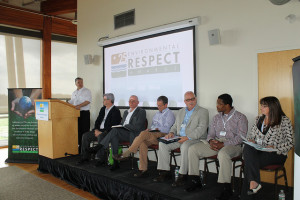 CropLife Editor Eric Sfiligoj moderates a panel of distinguished guests as part of the inaugural Retail Leadership Roundtable at the 25th annual Environmental Respect Awards sponsored by DuPont.