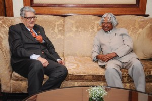Dr. H.K. Gharda with the former president of India, Dr. A.P.J. Abdul Kalam.