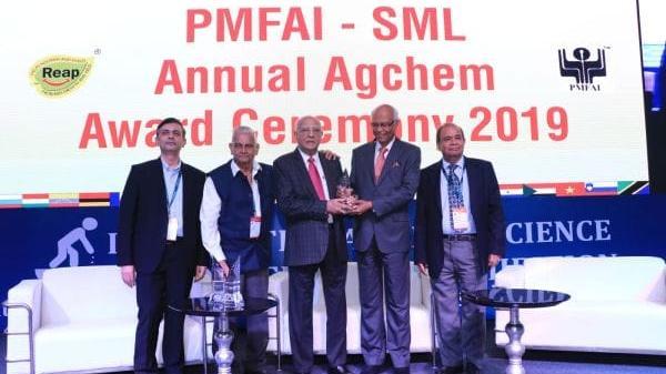 Shri R.D. Shroff - Lifetime Achievement Award